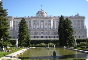 royal palace madrid tourist attractions